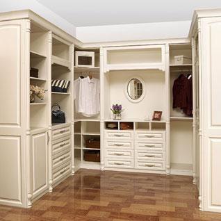 FIBE45 : Contemporary White Lacquer Walk-in Closet