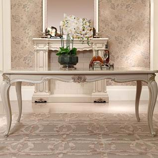 FILD42:無垢材でつくられたフレンチガーリースタイルのロングダイニングテーブル