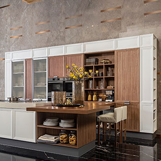 FIK109 : Transitional Large Thermofoil Kitchen Cabinet